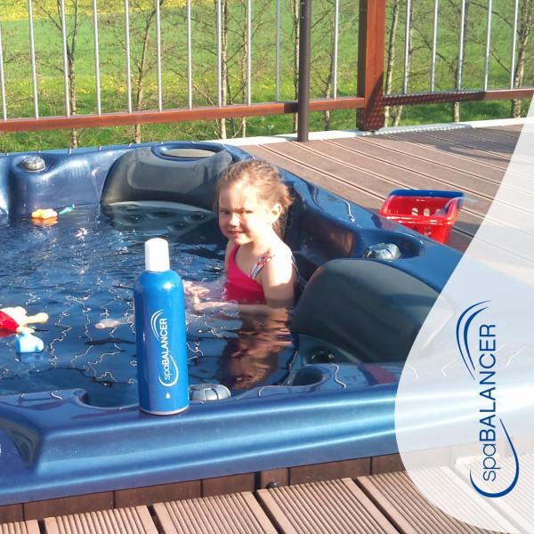 Aussen-Whirlpool-Freestylespa-Modell-Roma