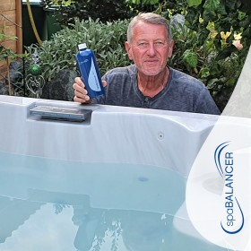 Die Wasserpflege ohne Chlor von SpaBalancer funktioniert perfekt