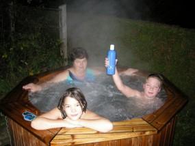 Hot Tub Spa Dealer Aquaking